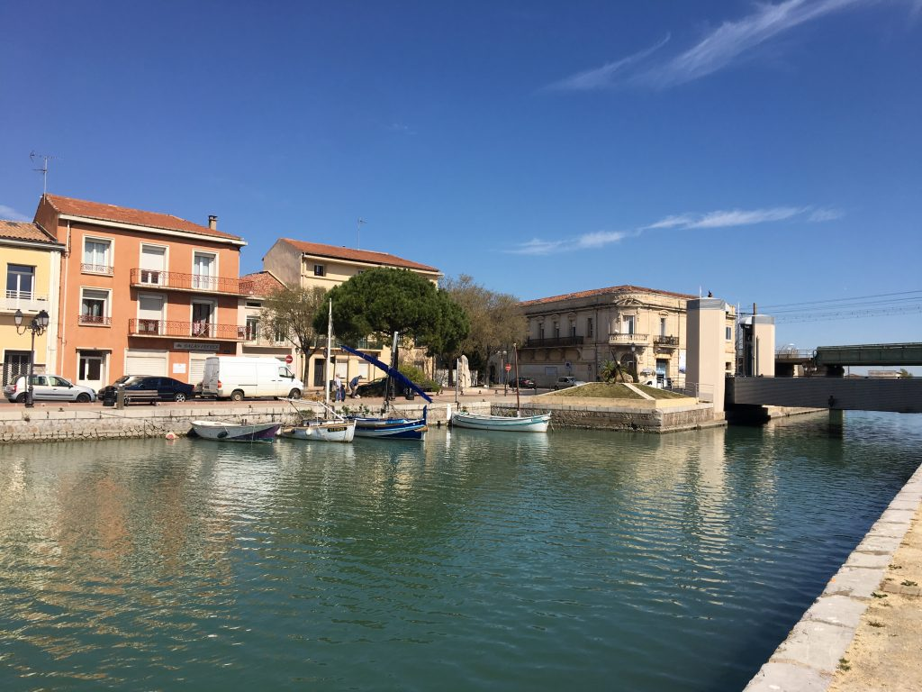   Workshops in Bize-Minervois and the surrounding area with International Urban Sketchers Instructor and British Artist Ian Fennelly 28 September - 2 October 2020