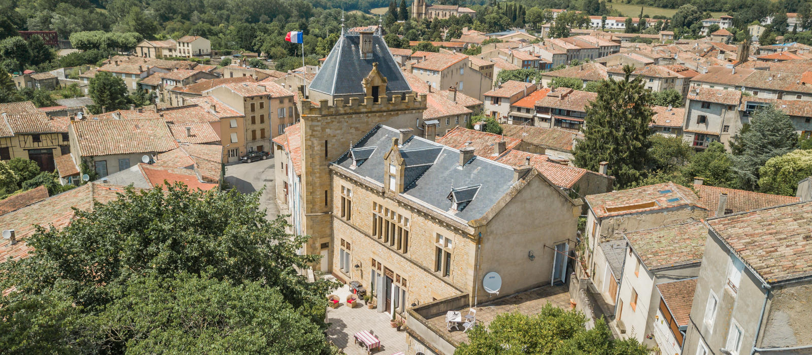French Chateau Art Holiday |